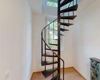 Treppe ins Dachgeschoss